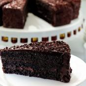 bindi-Chocolate-Cake-Slice-8567-400px_web
