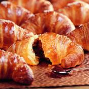 chocolate_filled_croissant_1700_sm